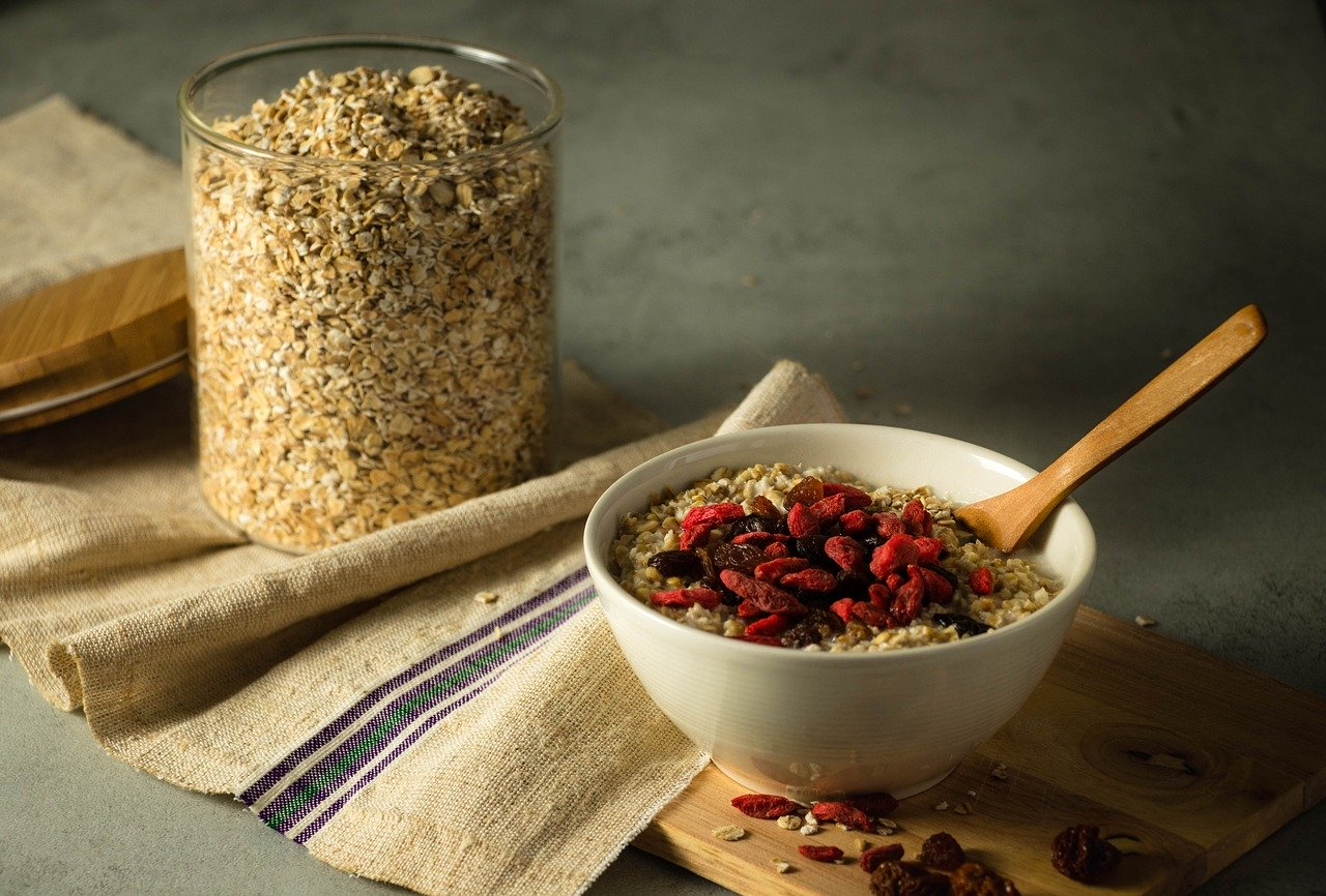 what are the health uses of oats